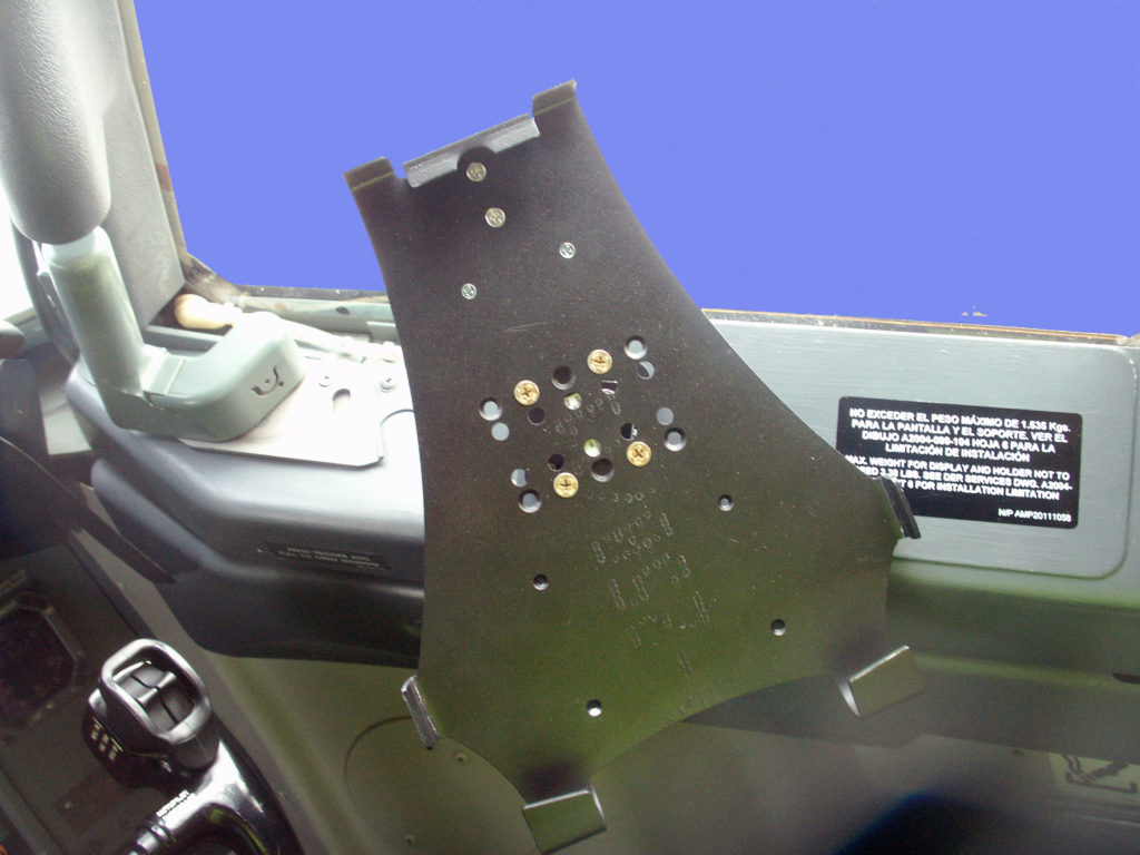 Boeing 737 Griffin Cradle Installed